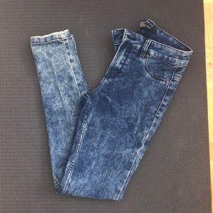 Forever 21 acid washed skinny jeans size 24